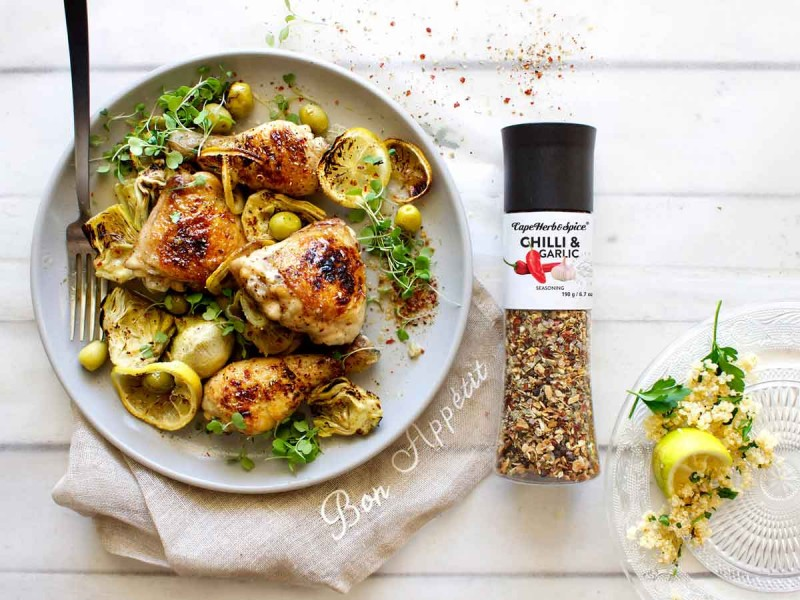 CHICKEN & ARTICHOKE BAKE WITH HERBY QUINOA