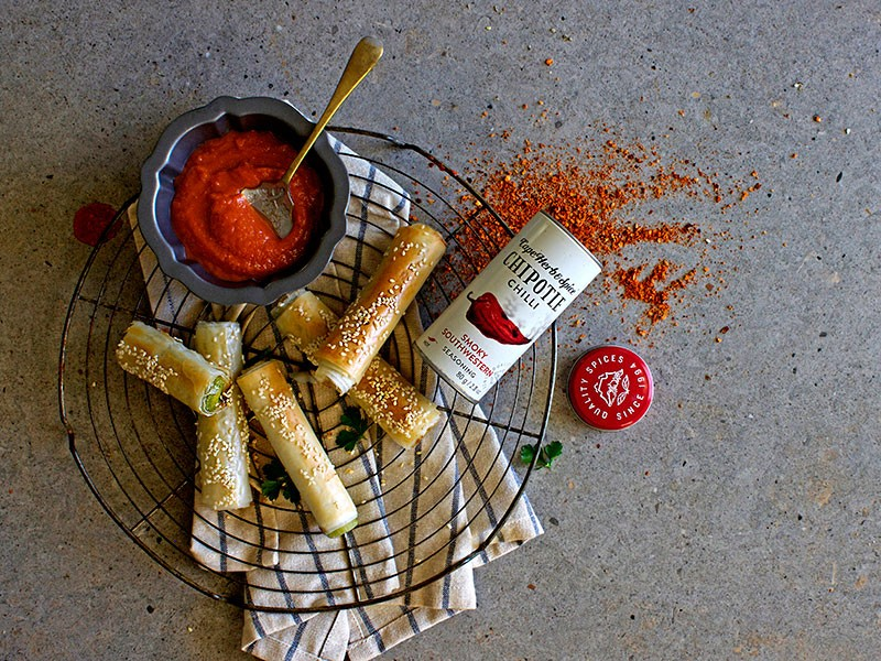 PHYLLO LEEK CIGARS WITH SPICY TOMATO SAUCE